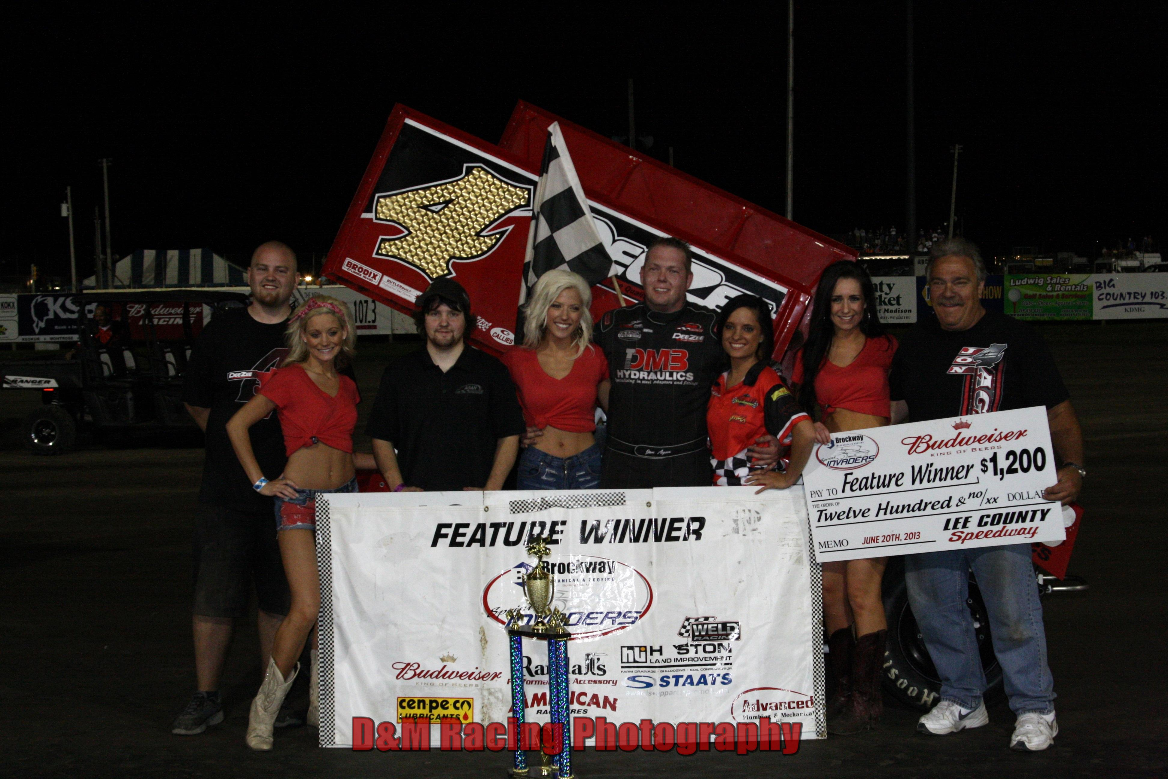 Jon Agan Scores First Ever Sprint Invaders Win at Lee County Speedway